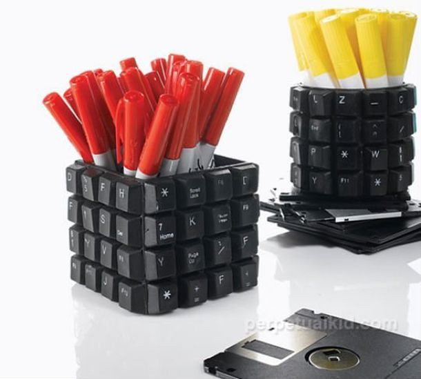 Подставка для  ручек  клавиатура, своими руками