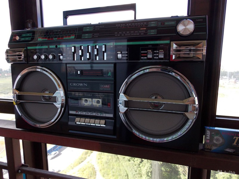 Crown SZ-5100 Ghettoblaster, история