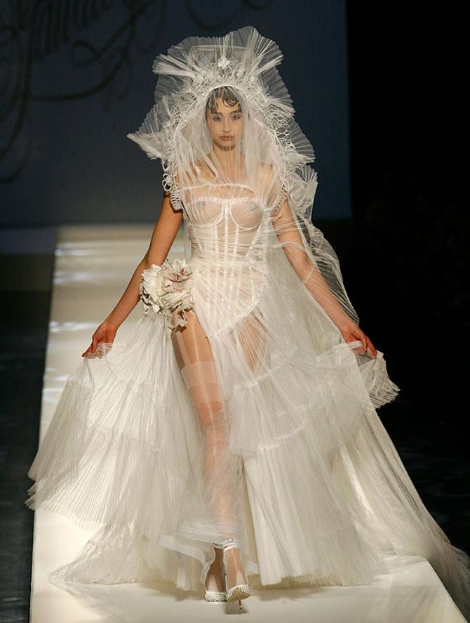зажал самые откровенные платья на свадьбу сил желания что