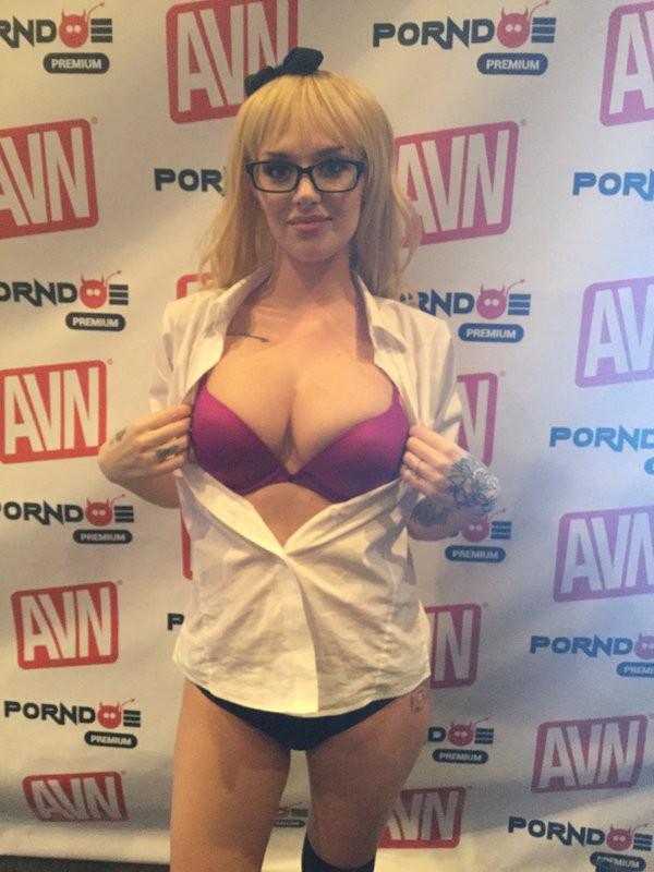 Порно фильмы получившие порно премию