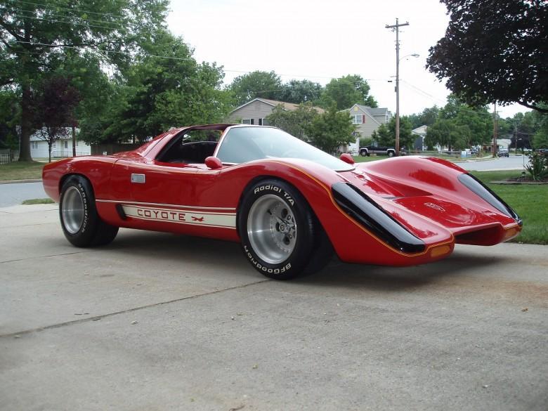 7. 1966 McLaren M6GT Custom - Хардкасл и Маккормик (1983 - 1986) авто, знаменитые автомобили, кино, кинотачки