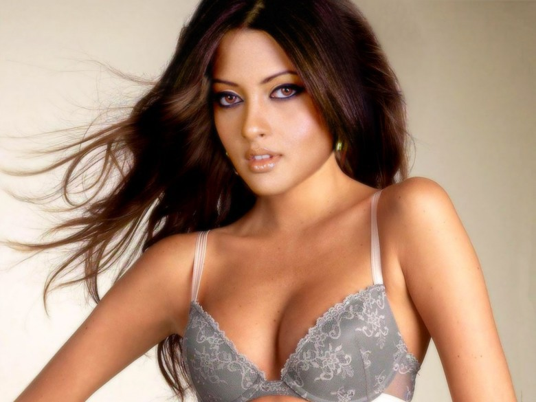 Негритянку хинд порно актрисы телка