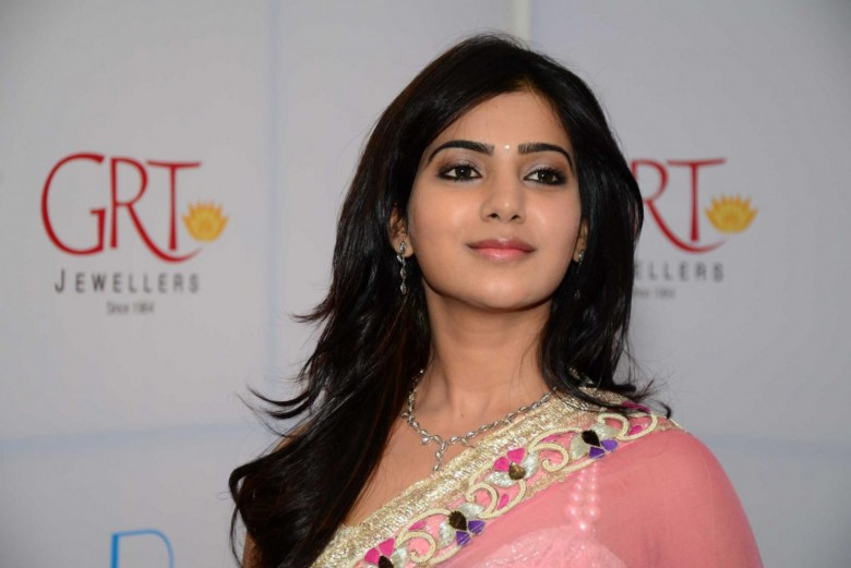 Эро фото актрис индийского кино, трахает красивую но безногую телку