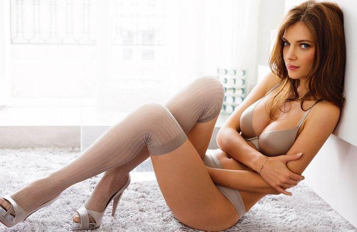 Русские девушки на ю тубе секс еротика абсолютно