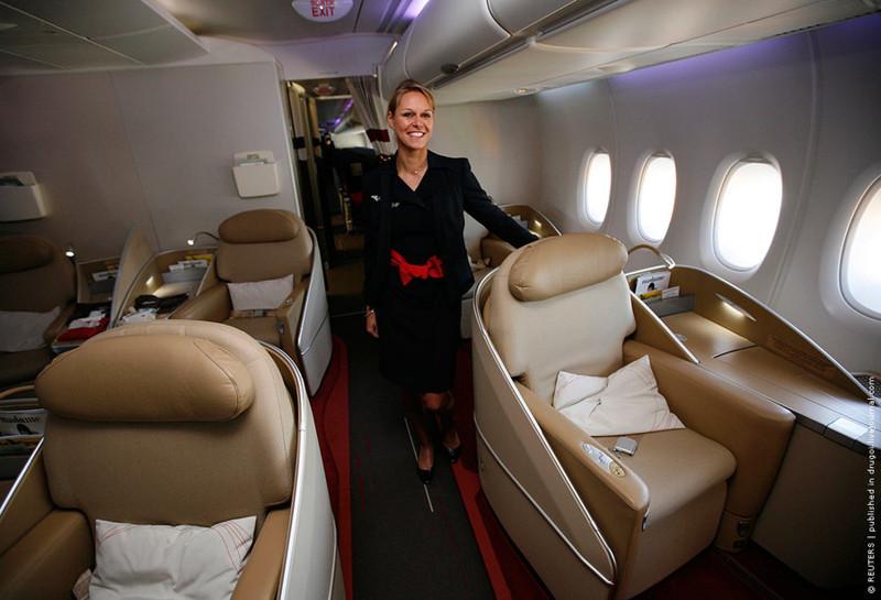 Поменять класс обслуживания за взятку интервью, самолет, стюардесса
