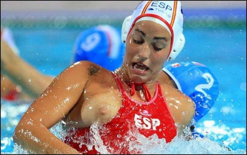 эротические фото спортсменок с олимпиады уверенно
