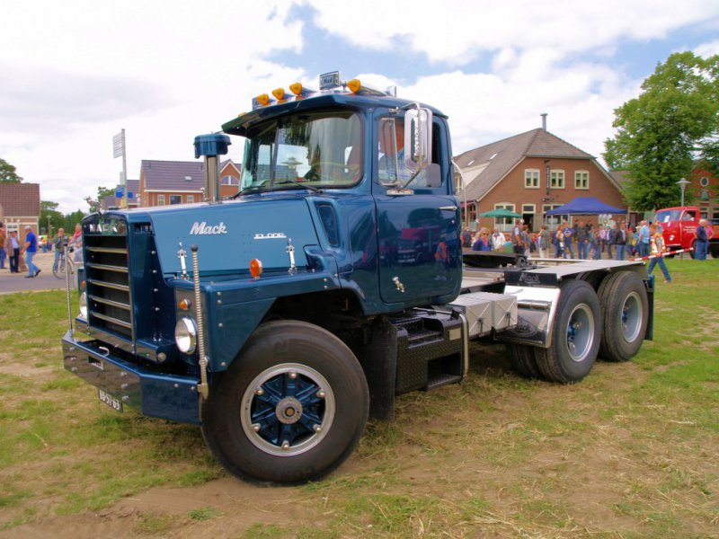 Mack DM600 (1972) Mack, Mack Trucks, грузовик