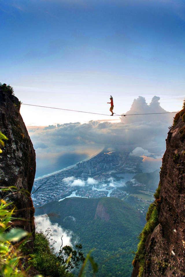 Необычный вид Рио-де-Жанейро спорт, ужас, экстрим