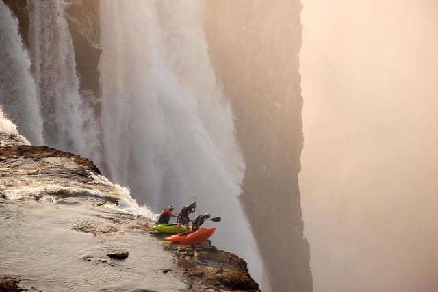 Каякинг на водопаде Виктория спорт, ужас, экстрим