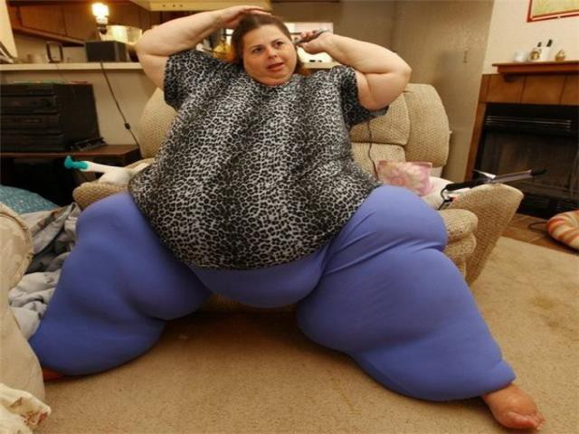 Трассе сами толсти жопа в мире фото кончают рот