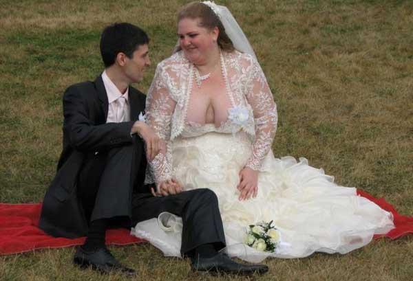 Колготы фото выпала грудь на свадьбе фото чем сравним секс