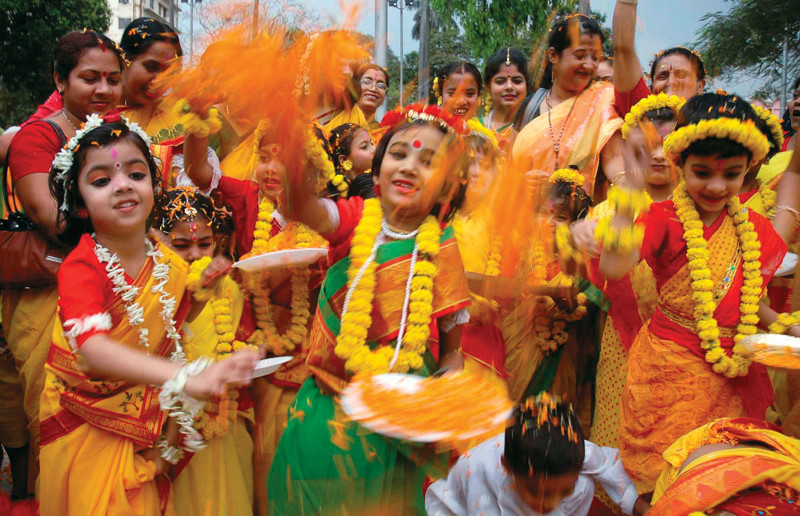 india the country of festivals in hindi Festivals in india are an integral part of people's life festivals of india portray the rich cultural heritage of the country here is a spectrum of indian festivals.