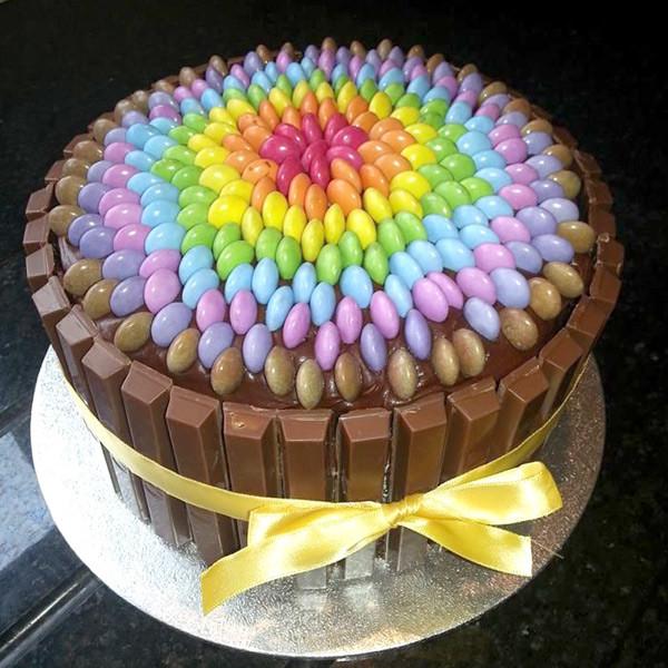 Самым главным праздником каждого человека, бесспорно, является день его рождения.