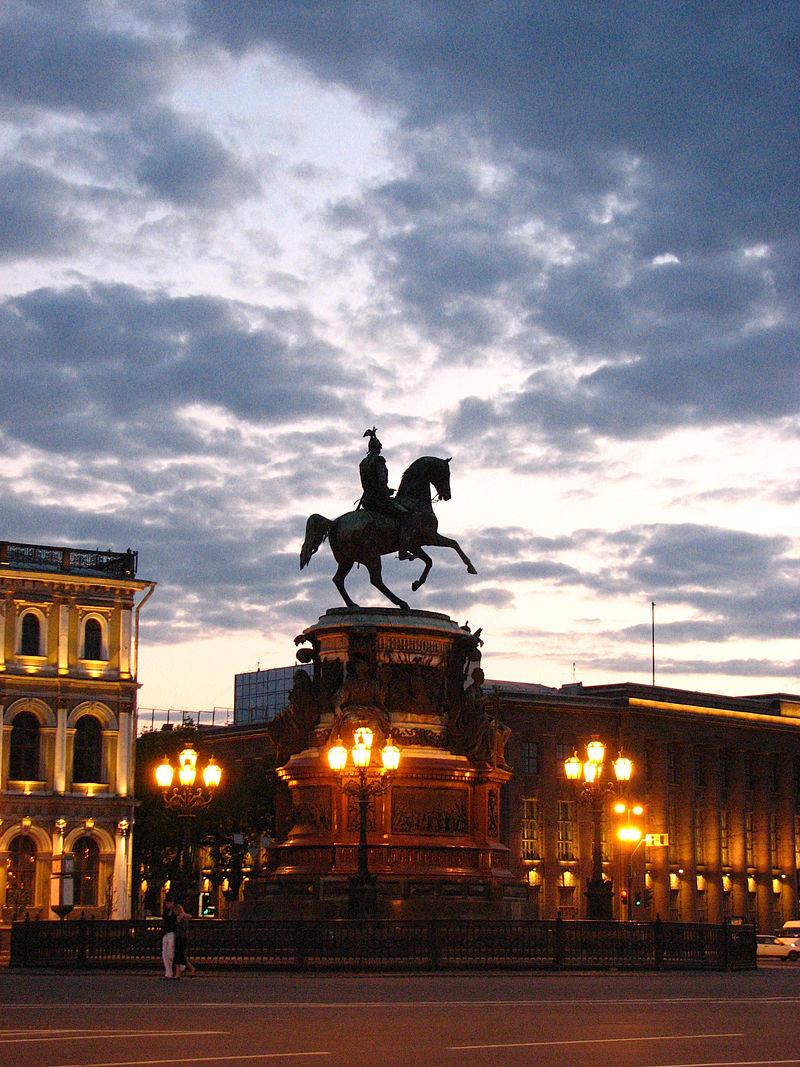 Картинки по запросу конная скульптура санкт петербург