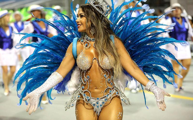 Девушки с бразильских карнавалов #7