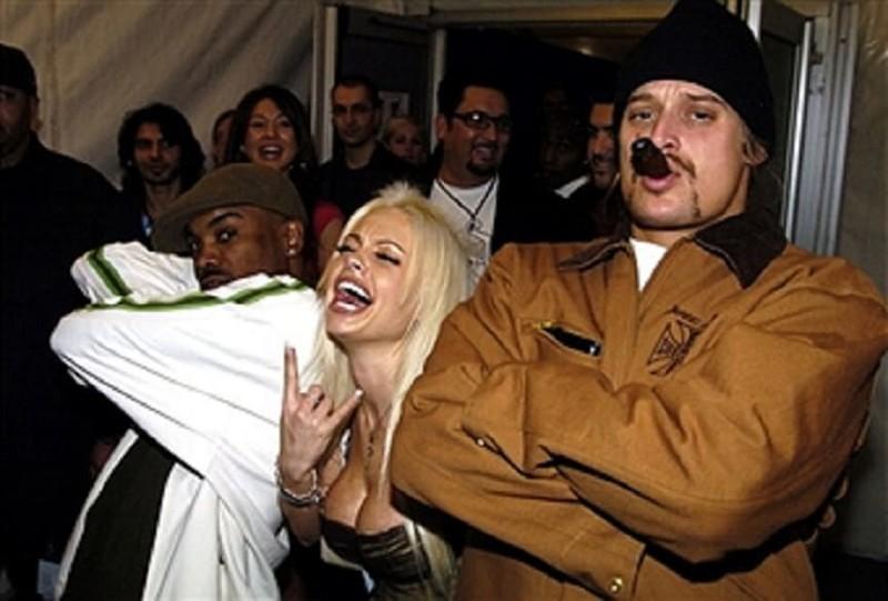 Лучшее порно фото знаменитостей шина тван