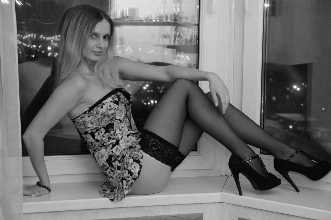 Беркова порно красотки в чулках частное фото фильм тощая