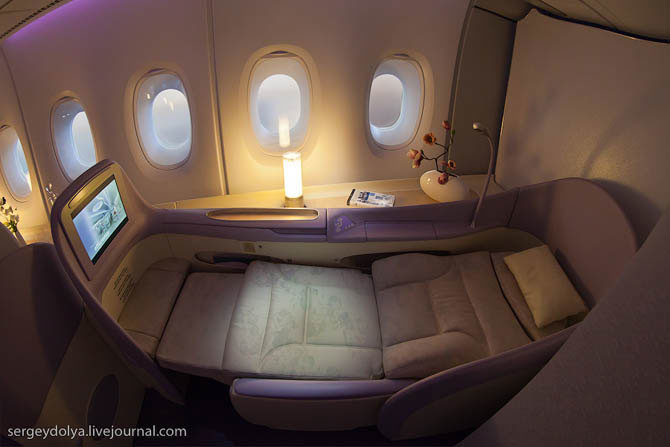 Внутри летающего гиганта Airbus A380 Airubs A380, салон самолета