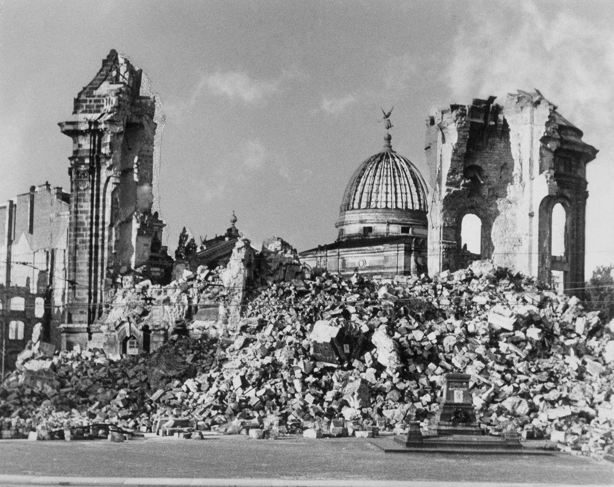 Бомбардировка Дрездена Википедия