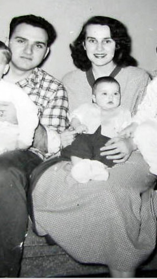 9368416 - Кем были родители великих людей и знаменитостей