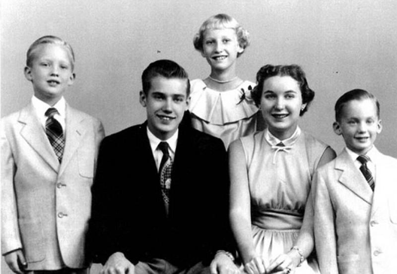 1 9368341 - Кем были родители великих людей и знаменитостей