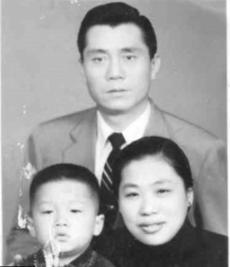 9368403 - Кем были родители великих людей и знаменитостей