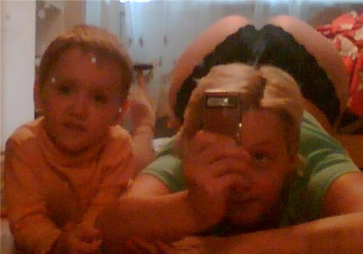 Фото голой мамы с членом, Домашние порно фото зрелых женщин на члене 16 фотография