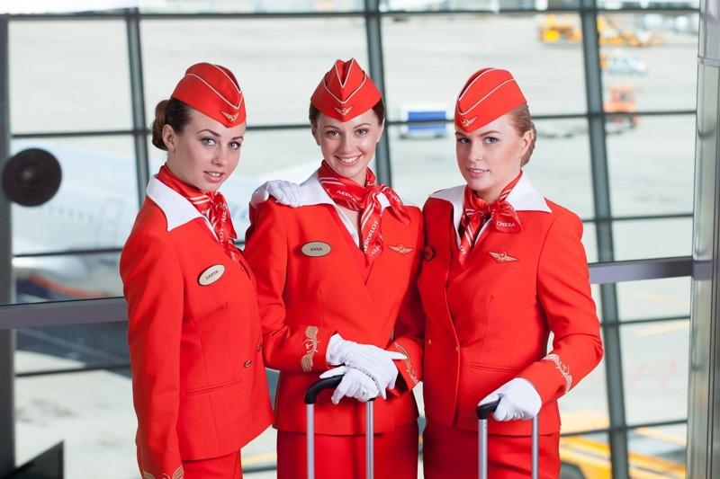 Стриптиз в самолете французской стюардессы