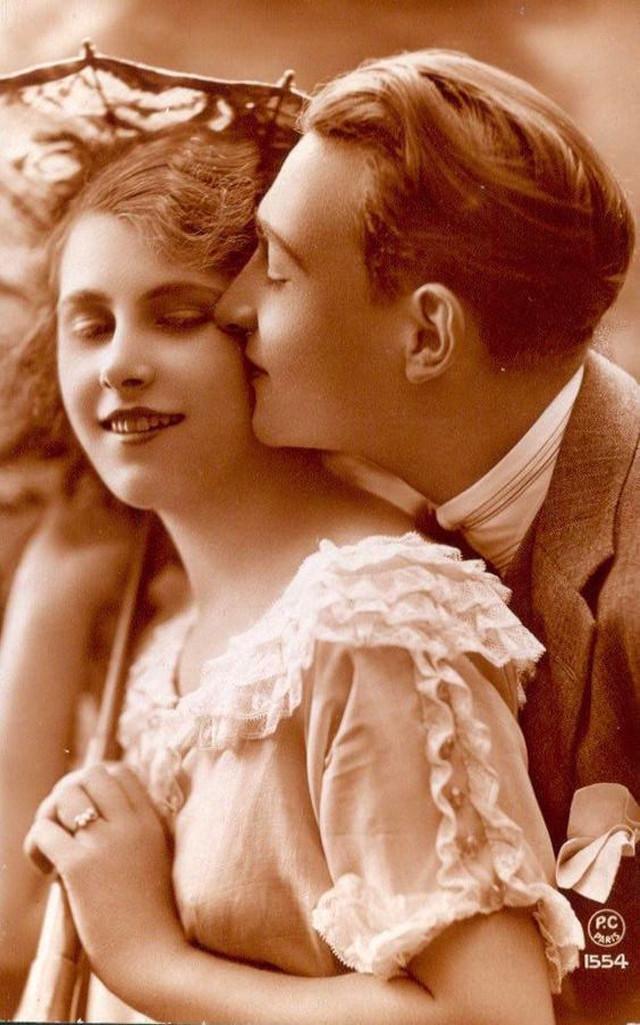 Картинки, ретро открытки поцелуй