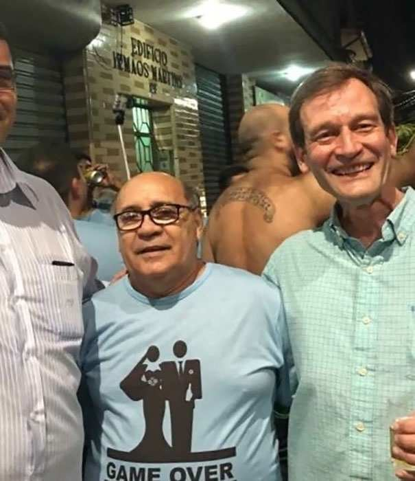 Дэнни де Витто из Бразилии в мире, двойники, знаменитость, люди