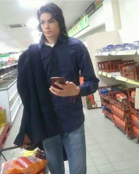 Майкл Джексон. Просто Джексон... в мире, двойники, знаменитость, люди