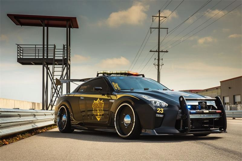 Nissan GT-R Pursuit 23