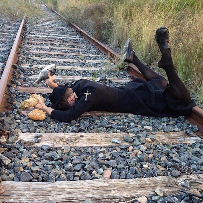 Смешные картинки когда падает человека