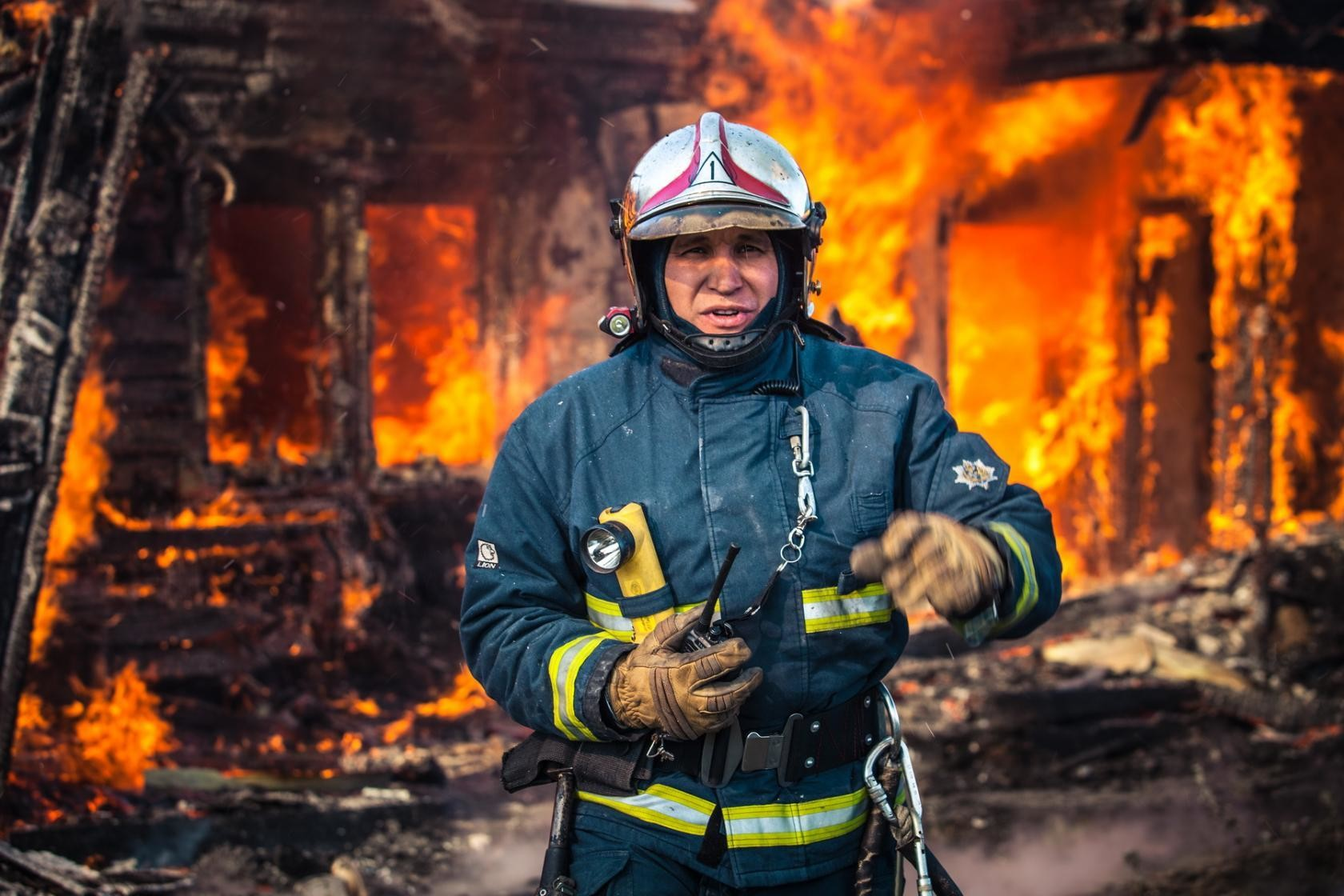 мужчин пожарные спасатели картинки садовый диван