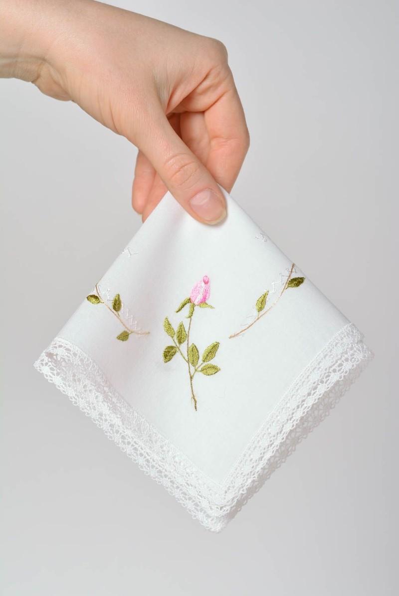 Фото цветов на стеклянном фартуке