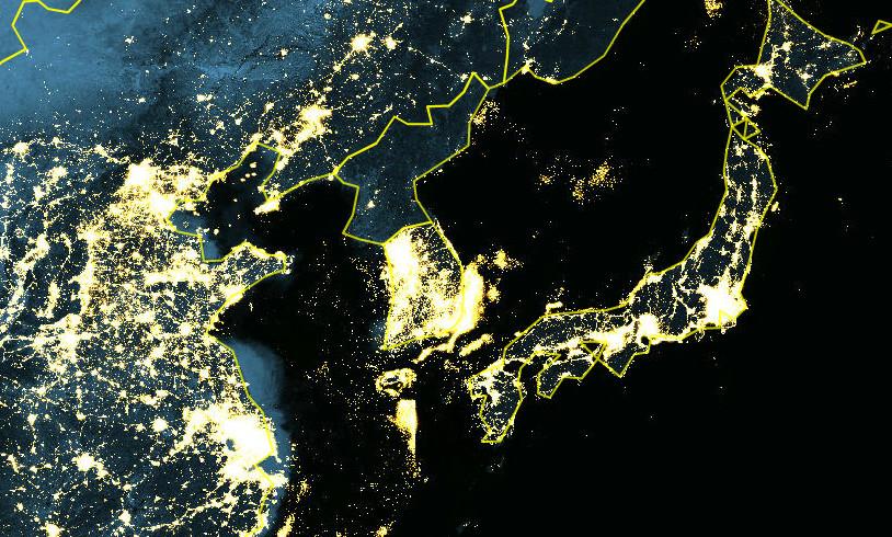 эти фото из космоса северной и южной кореи больше