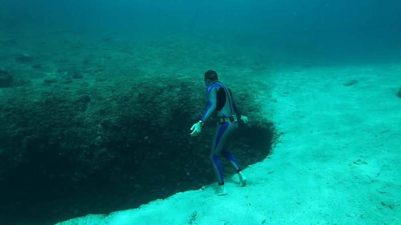 Подводное озеро Вулиагмени, Греция
