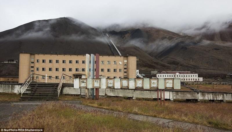 Пирамиден, Норвегия брошенные жилища, города, история, опустевшие города, оставленные дома, призраки, страшилки