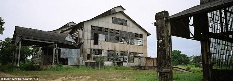 Фордландия, Бразилия брошенные жилища, города, история, опустевшие города, оставленные дома, призраки, страшилки