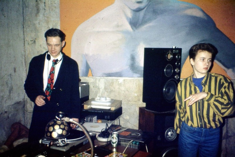 Петербургский рейв 90-х: редкие снимки из личных архивов 90-е, 90-е молодежь, питер, рейв, ретрофото, санкт-петербург, старые фотографии, субкультура