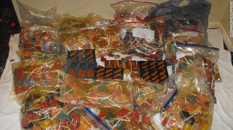 Техасская полиция обнаружила 300 кг леденцов с метамфетамином арест, криминал, метамфетамин, наркоманы, наркотики, полиция, преступление, фото