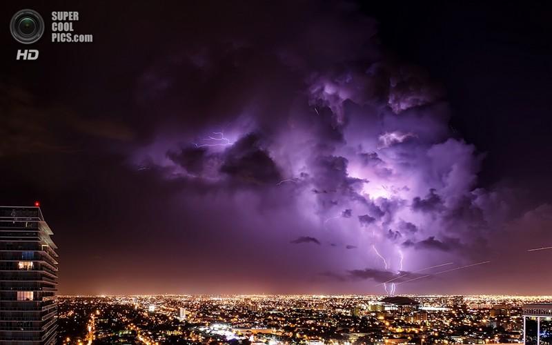 По информации, полученной со спутников, частота молний на Земле составляет 1,4 миллиарда в год. При этом 75% из них ударяет между облаками и внутри облаков и только 25% попадает в землю. интересное, катастрофа, молнии, факты