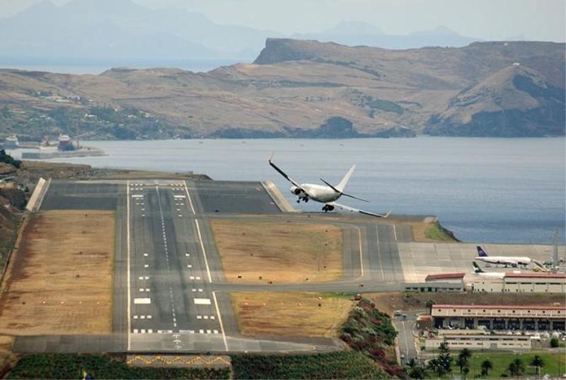 Пилоты любят прихвастнуть своими умениями авиация, аэропорты, безопасность, невероятно, неприятная правда, перелеты, самолеты, экипаж