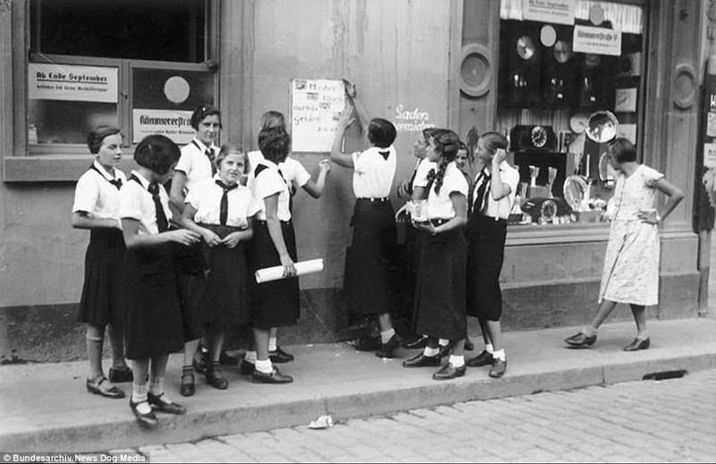 Повседневное зло в нацистской Германии: фотографии довоенного периода Арийцы, Гитлерюгенд, германия, нацистская германия, организации, пропаганда, рейх, третий рейх