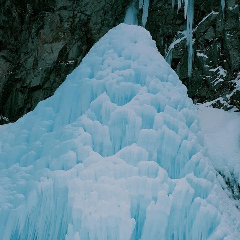 Вилючинский водопад, Камчатка водопады, водопады России, водопады зимой, замёрзшие водопады, красивые водопады, природа России