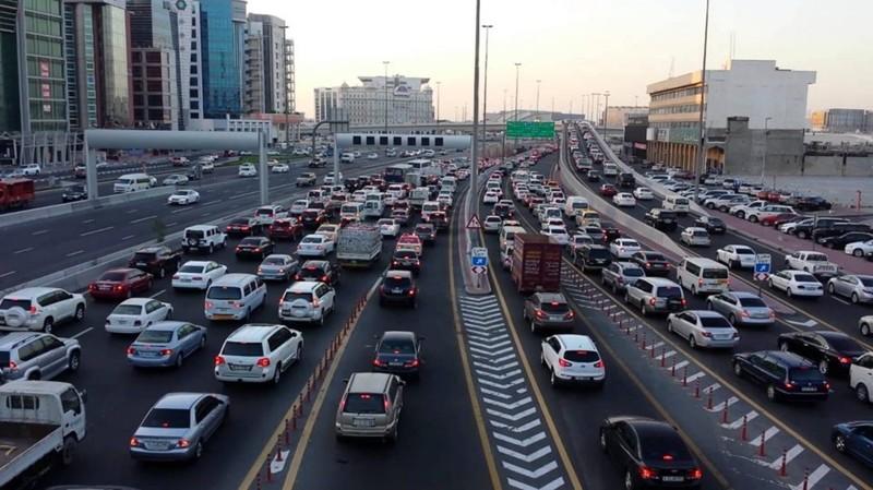 Отъезд из Дубая может стоить дорого взятки, дубай, коррупция, насилие, нелегальные мигранты, оаэ, рабский труд, шейх Мухаммед