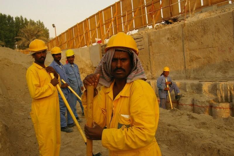 Богатство Дубая - ложь взятки, дубай, коррупция, насилие, нелегальные мигранты, оаэ, рабский труд, шейх Мухаммед