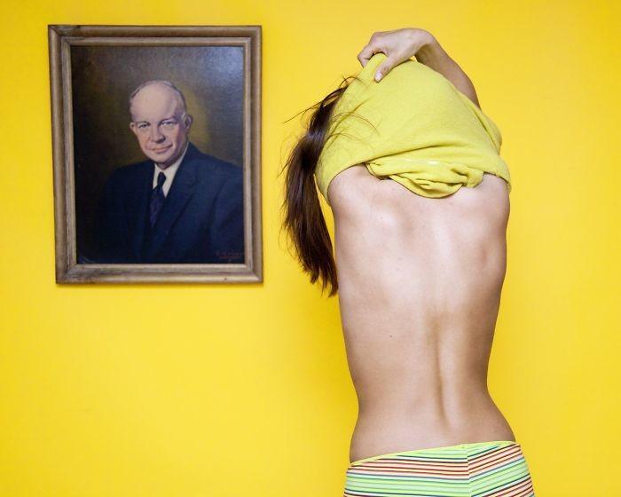5. В Огайо запрещено раздеваться перед портретом в мире, закон, люди, нелепость, прикол, сша, юмор