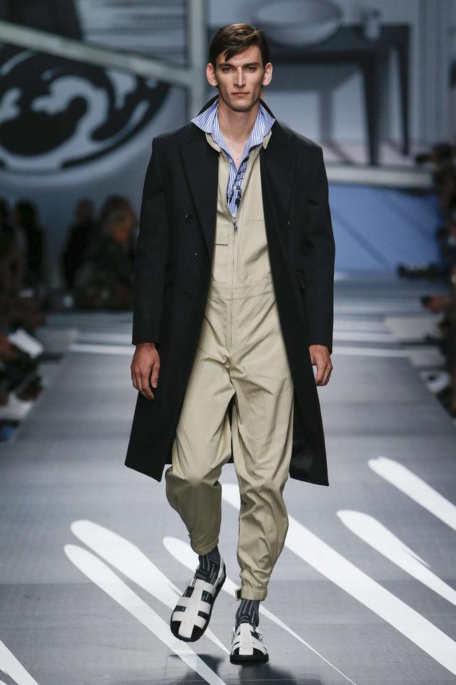 Тут уж и сандалям с носками порадуешься абсурд, как должен выглядеть мужчина, кошмар, мужская мода, фото