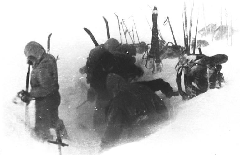 Обнародована четкая и понятная причина гибели туристов на перевале Дятлова Февраль, версия, мороз, палатка, перевал Дятлова, трагедия, туристы, урал